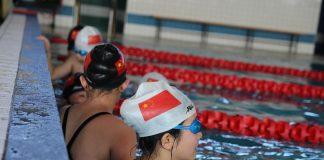 Pływacy z Chin w Piasecznie
