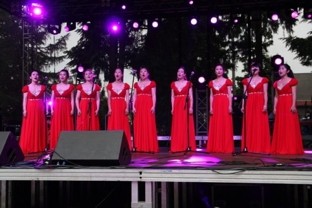 Muzycy z Chin w Piasecznie