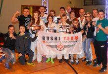 Szczęśliwa drużyna Bushi Team po Mistrzostwach Makroregionu Wschodniego i Międzywojewódzkich Mistrzostwach Młodzików Kyokushin Karate