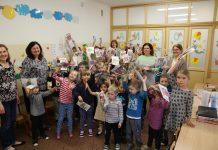 dzieci w przedszkolu w Zalesinku