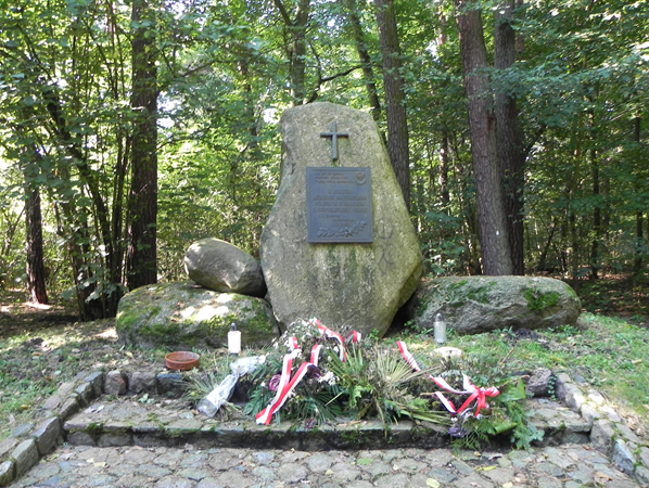 Pomnik leśników, foto Piotr Prawucki, 19 IX 2017 r.