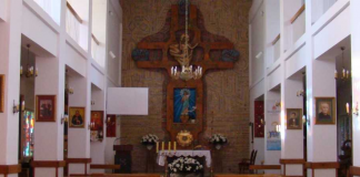 kościół w Głoskowie foto.: gloskow.salezjanie.pl