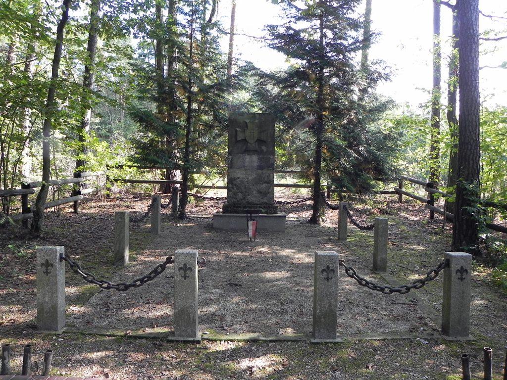 Obelisk Szarych Szeregów, foto Piotr Prawucki, 19 IX 2017 r.