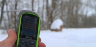 Geocaching to zabawa w poszukiwanie skarbów za pomocą odbiornika GPS
