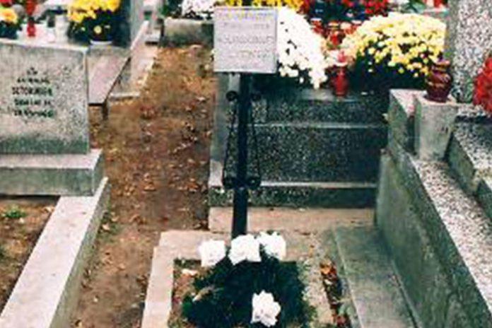 Symboliczna mogiła poległych w Koronie i Litwie w 1861 r.