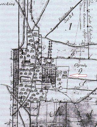 Plan miasta Piaseczna z XVIII wieku, zaznaczony strzałką Dom Starosty