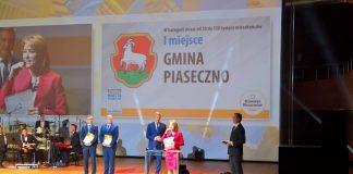W 2018 r. statuetkę odebrała w imieniu Gminy Piaseczno Hanna Kułakowska-Michalak - II zastępca burmistrza.