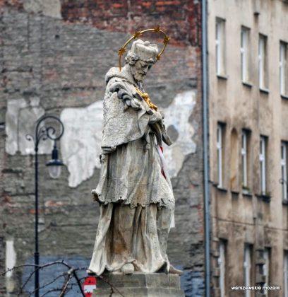 Statua św. Jana Nepomucena z Placu Trzech Krzyży autorstwa J.J Plerscha. Fot: Iwona Markowska