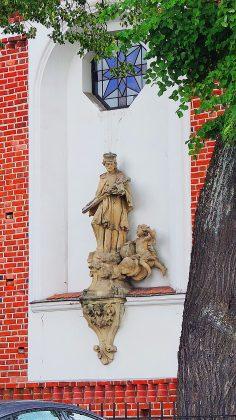 Figura św. Jana Nepomucena widok współczesny. Fot: Małgorzata Szturomska