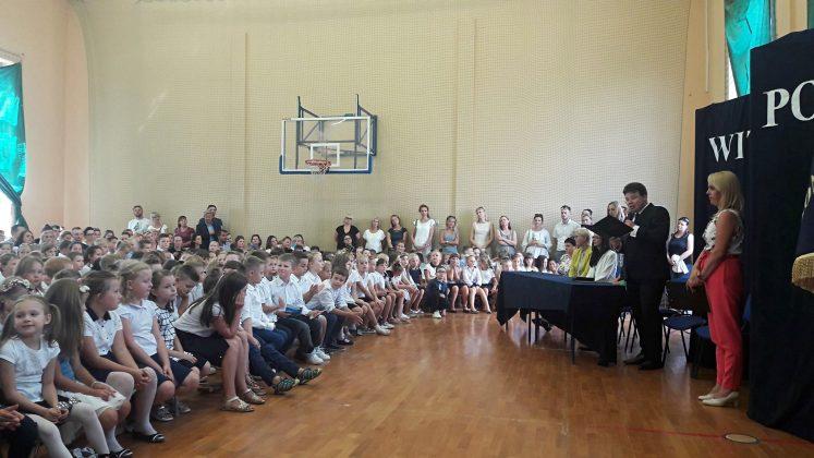 Rozpoczęcie roku szkolnego w szkole w Józefosławiu