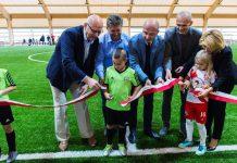 Uroczyste otwarcie krytego boiska piłkarskiego w Piasecznie