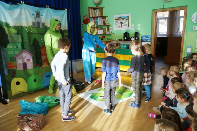 przedstawienie w Przedszkolu nr 4 przy ul. Fabrycznej, foto Anna Grzejszczyk