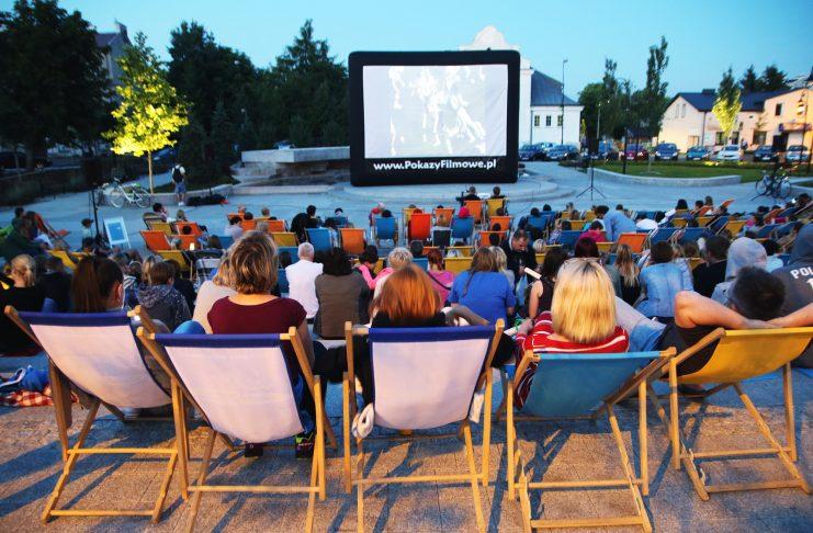 Kino Plenerowe na skwerze Kisiela