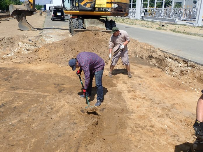 Prace ekshumacyjne, źródło: ipn.gov.pl