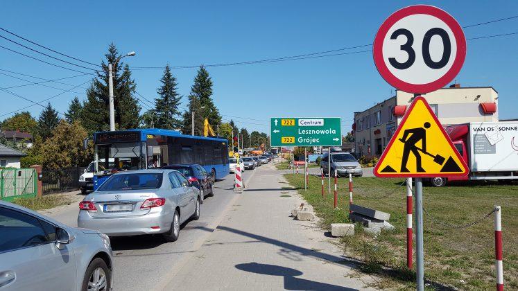 Utrudnienia w kursowaniu linii 727, L-2, L-5 oraz L-12 w Gołkowie