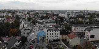 Jaki cel ma wprowadzona w centrum Piaseczna nowa organizacja ruchu?