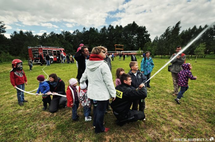 Poznajemy Straż Pożarną - wycieczka Kolejką Wąskotorową