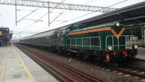 WEHIKUŁ - starym pociągiem na wycieczkę z Piaseczna do Warszawy