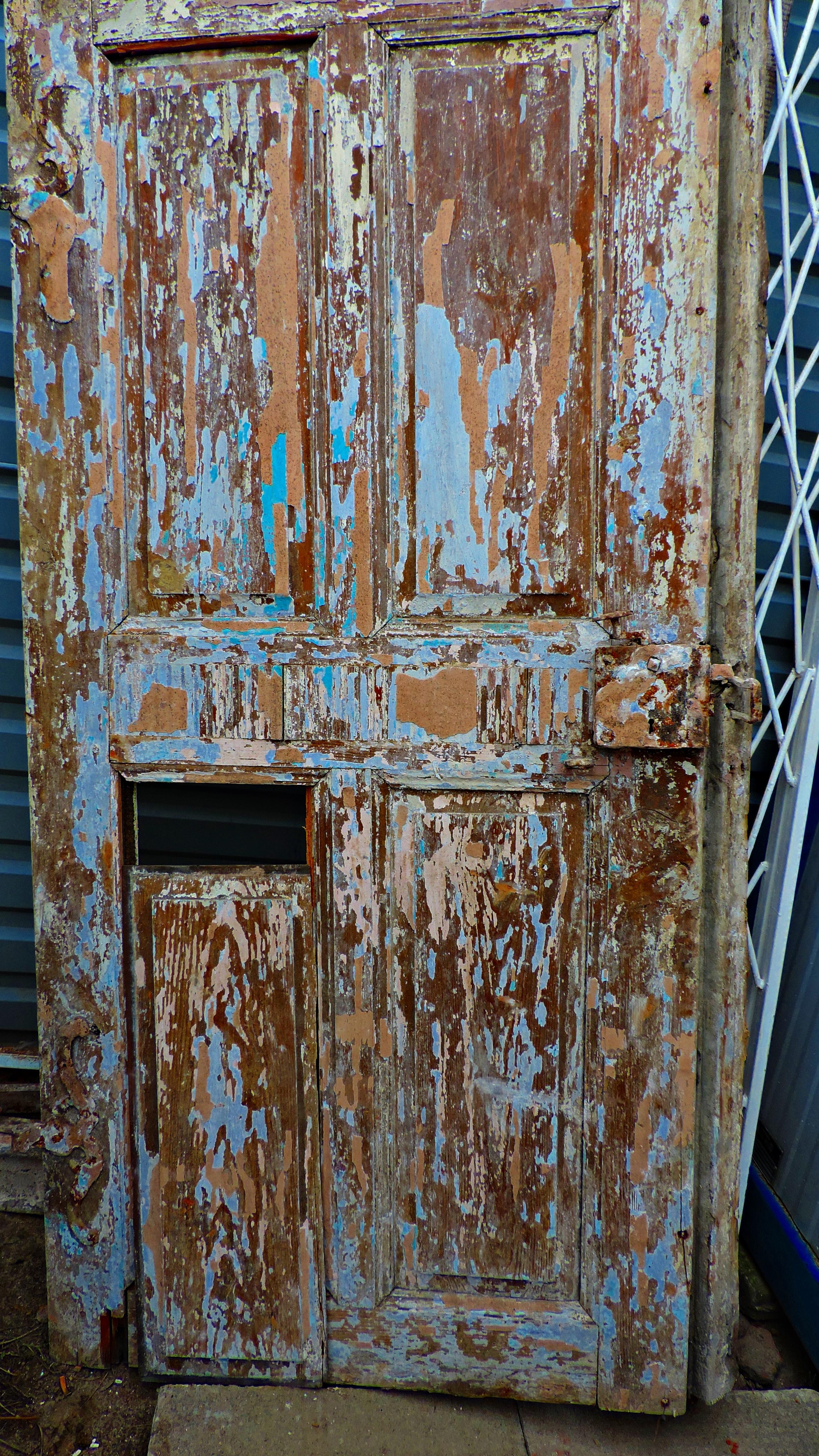 Drzwi ze starej plebanii. Foto Małgorzata Szturomska