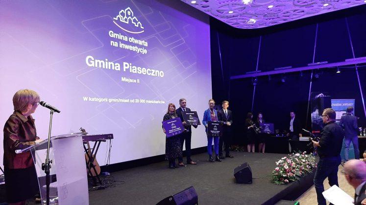 Wyróżnienie odebrała Hanna Kułakowska - Michalak I Zastępca Burmistrza foto archiwum Orange S.A.