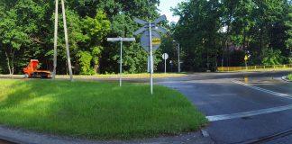 Skrzyżowanie drogi wojewódzkiej nr 722 z Al. Kasztanów i Al. 3 Maja w Zalesiu Dolnym