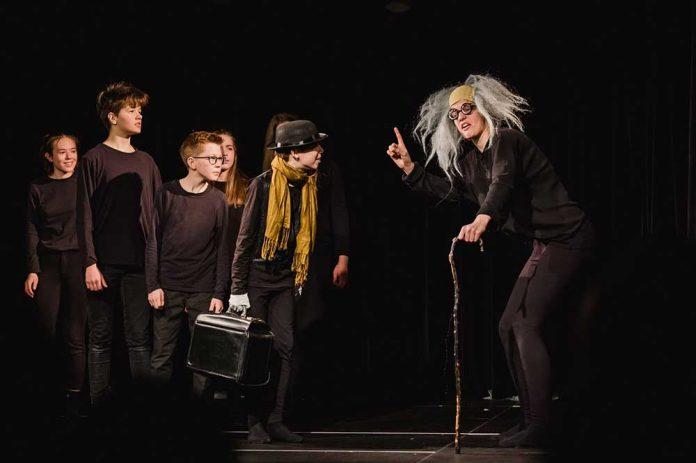 Teatry CK nagrodzone na XXV Spotkaniach Teatralnych w Szydłowcu