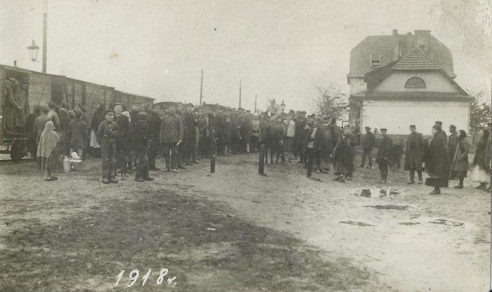 Ilustracja. Odzyskanie Niepodległości - piaseczyńskie ślady historii