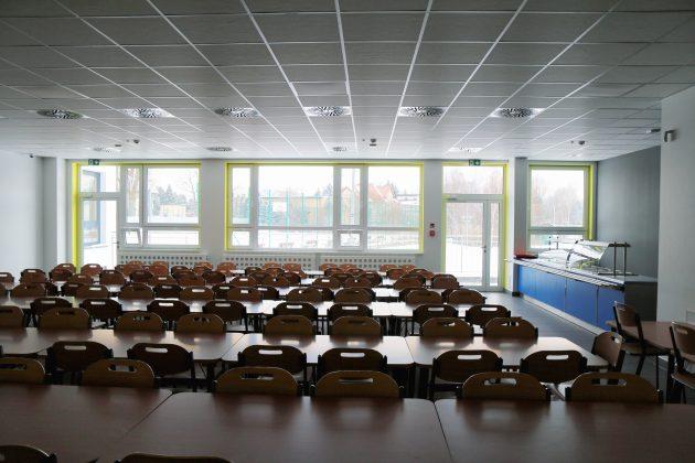 Rozbudowana Szkoła Podstawowa w Głoskowie - stołówka