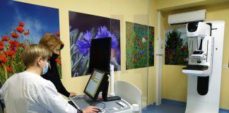 Urządzenie - mammograf oraz stanowisko do jego obsługi