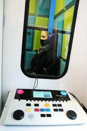 Ilustracja. Słuchobus bezpłatne badanie słuchu w Piasecznie