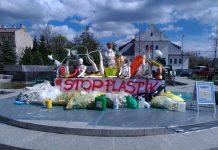 Akcja STOP PLASTIK - instalacja na skwerze Kisiela, fot. Małgorzata Idaczek