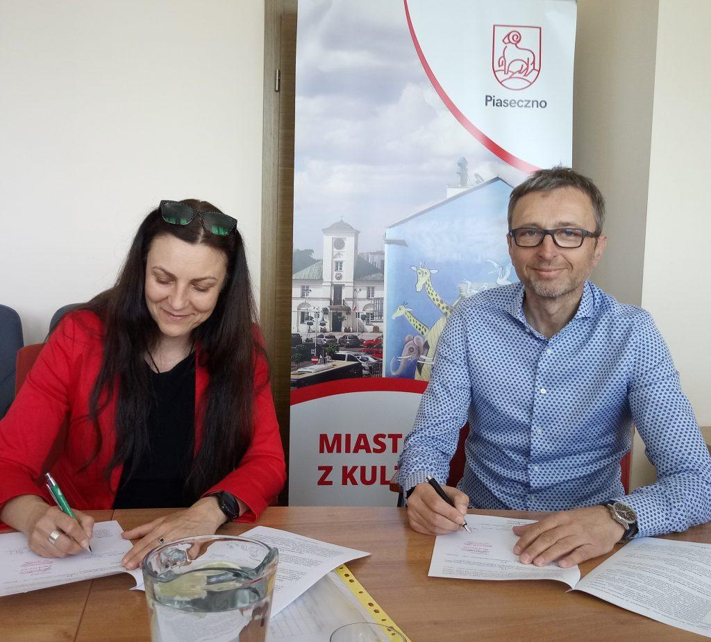 Wkrótce zostanie otworzone Centrum Przedsiębiorczości w lokalu przy ul. Warszawskiej 1. Podpisaliśmy umowę z Fundacją MAY z Warszawy, która będzie realizowała zadania wspierające przedsiębiorczość