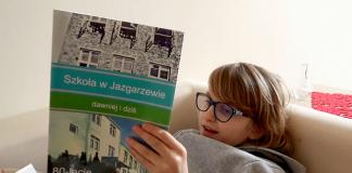 Kadr z filmu promocyjnego Poznaj Szkołę Podstawową w Jazgarzewie