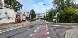 Poprawki w oznakowaniu – prosimy o ostrożność! Na zdjęciu skrzyżowanie ulic Kilińskiego i Żeromskiego